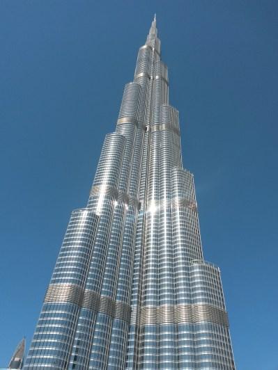 Burj Khalifa, 830m hoch, 163 Stockwerke