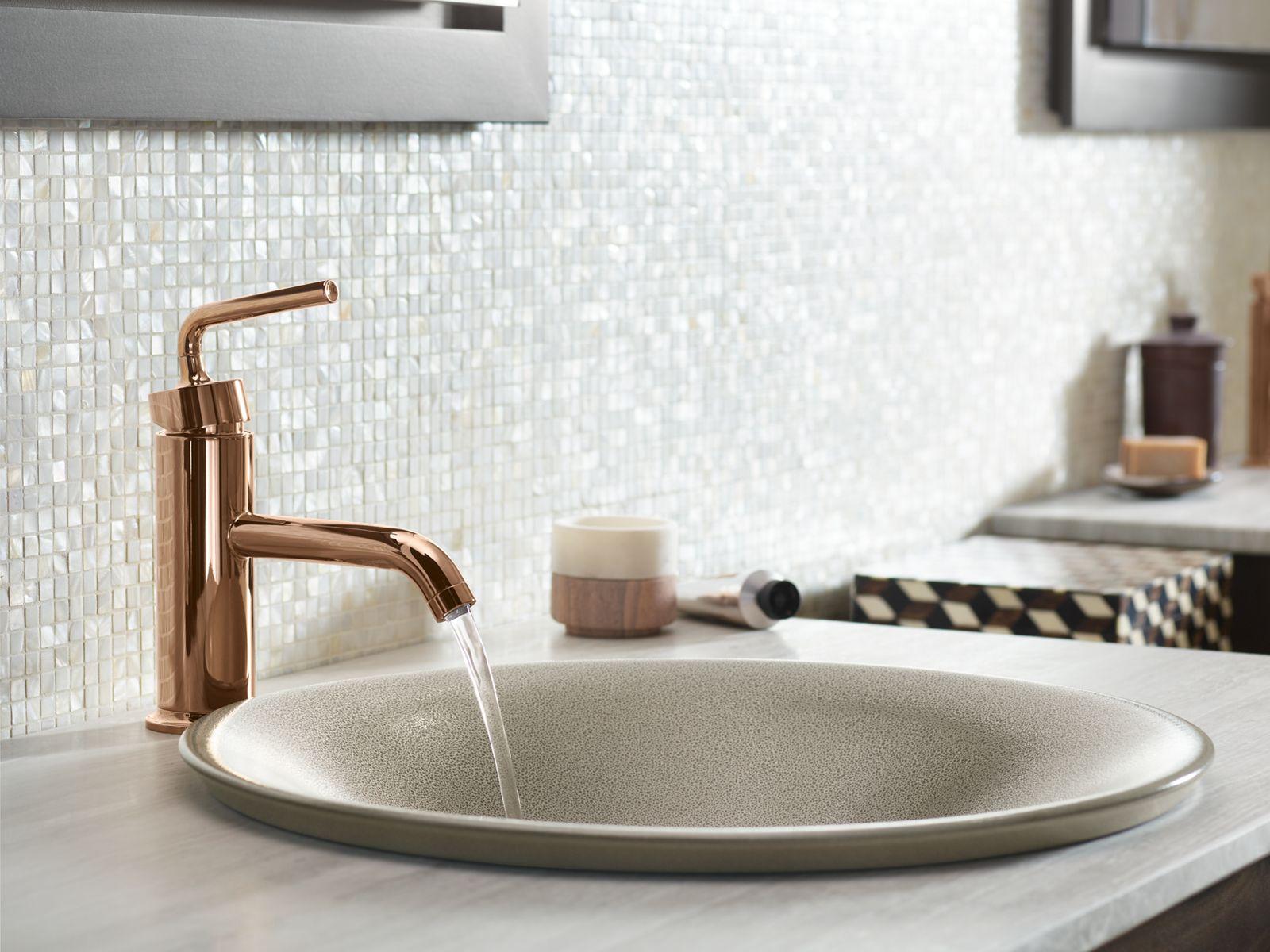 vibrant moderne brushed gold bathroom