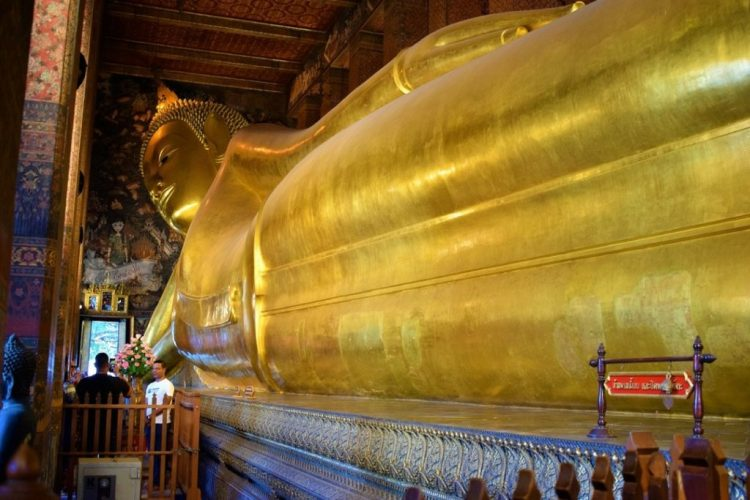 Wat Pho - Temple of the Reclining Buddha Bangkok