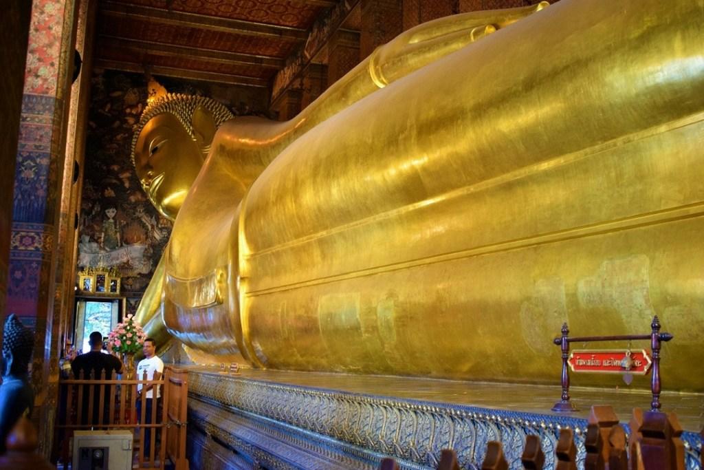 Wat Pho - Temple of the Reclining Buddha Bangkok