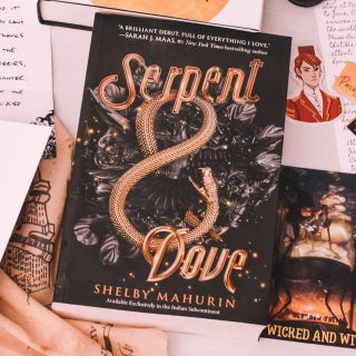 Sepent & Dove by Shelby Mahurin Paperback