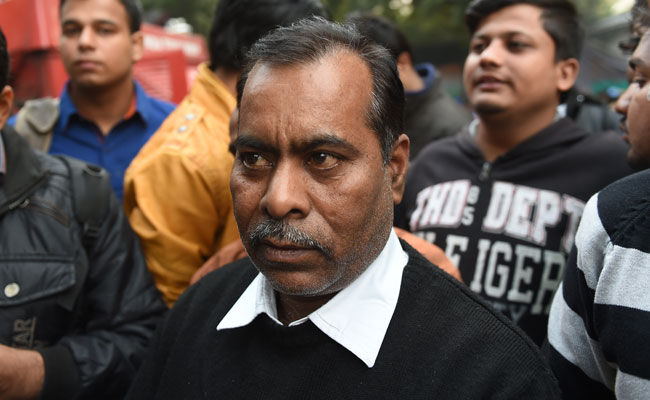 nirbhaya father afp 650x400 41494036737
