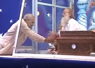 pm modi and asaram 620x400