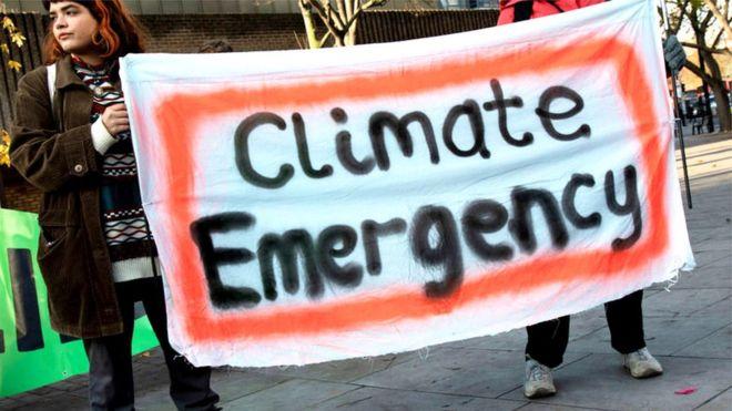 「気候緊急事態」