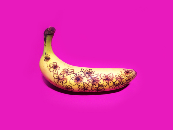 Art for breakfast! Banana Graffiti by Marta Grossi