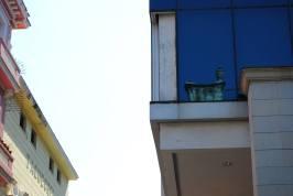 Building reflection in old Habana (Ko Im)