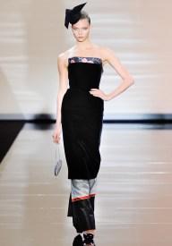 armani-prive-couture-fw-2011-029_105455657327