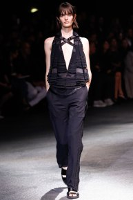 givenchy-rtw-ss2014-runway-32_182032956159