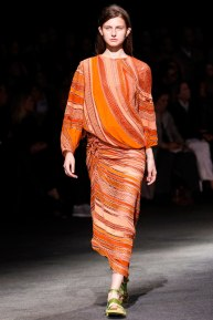 givenchy-rtw-ss2014-runway-33_18203314815
