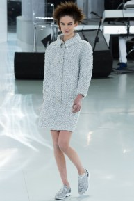 chanel-spring-2014-couture-12_104734728615