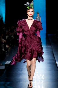 jean-paul-gaultier-spring-2014-couture-runway-12_122013345143