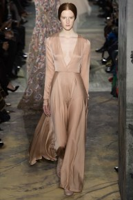 valentino-spring-2014-couture-runway-47_164045918099