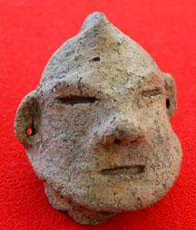 弥生人はウルトラマン?与謝野・温江遺跡で人面付き土器