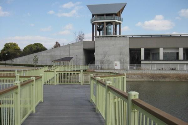 兵庫県立考古博物館 -体験-『銅鐸を壊す』