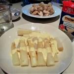 旬の白アスパラとオランデーズソース