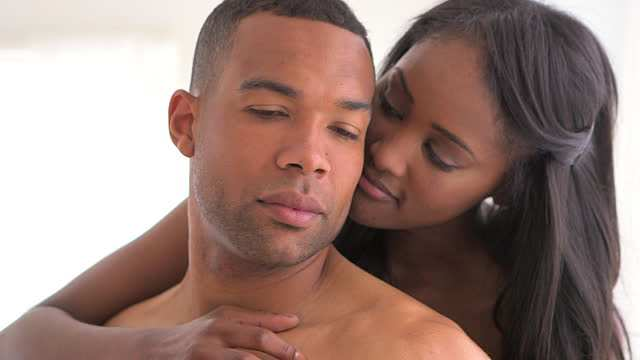 Revealed! This Is How Often People In Relationships Are Really Having Sex 3