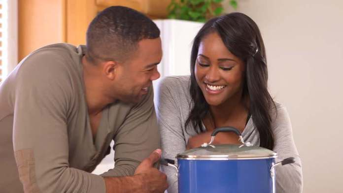 Strictly Ladies: 7 Undeniable Signs Your Nigerian Male Friend Is Really Into You 7
