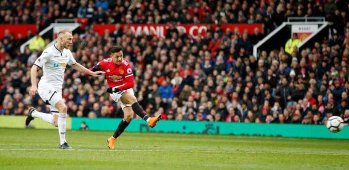 Manchester United 2 Swansea 0: Alexis Sanchez And Romelu Lukaku Score To Defeat Sorry Swans 1