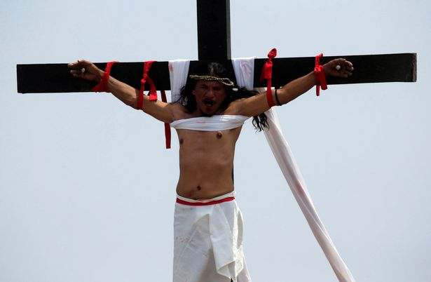 Easter: Filipino Catholics Nail Themselves To Wooden Crosses To Mark Holy Week 2