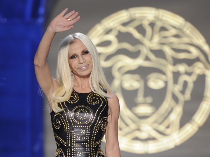 Save The Earth! Versace Permanently Stop The Production Of Fur Design Clothes 2