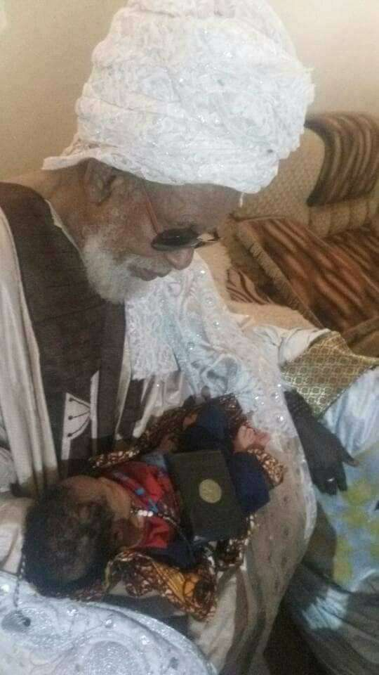 Shocking! Woman Gives Birth To Baby With Quran And Bead In His Hands 3