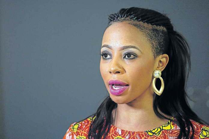 Singer Kelly Khumalo Is Getting Married! 2