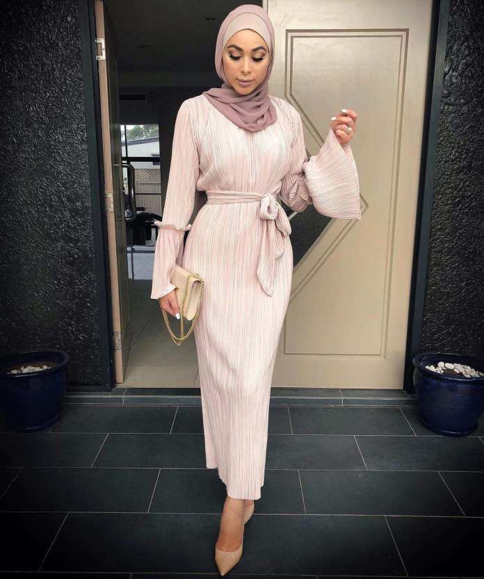 Muslimah Style: Laureen Keeps It Spicy With Her Cool Hijab Styles 4
