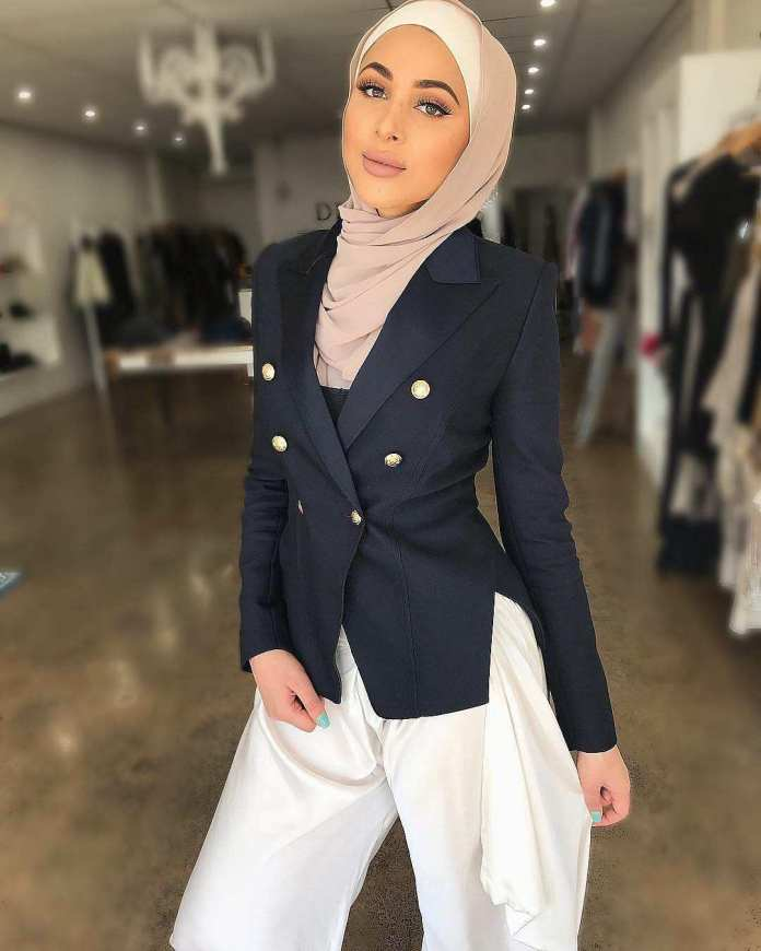 Muslimah Style: Laureen Keeps It Spicy With Her Cool Hijab Styles 2