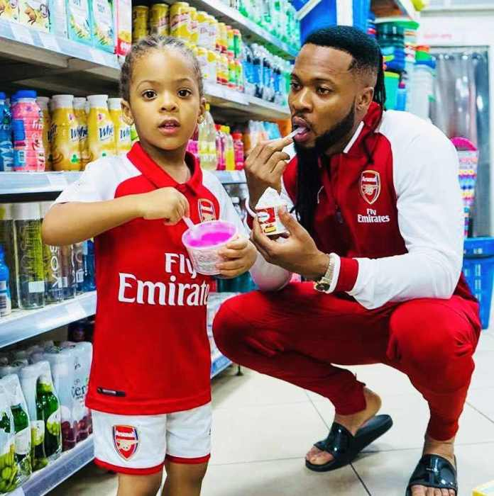 Awwwn Cute! Flavour Shares Adorable Photos Of Self And His Kids 2