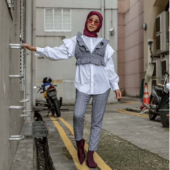 Muslimah Style: Meet Hasna B, The Hijabi Serving Hot Fashion Goals 2