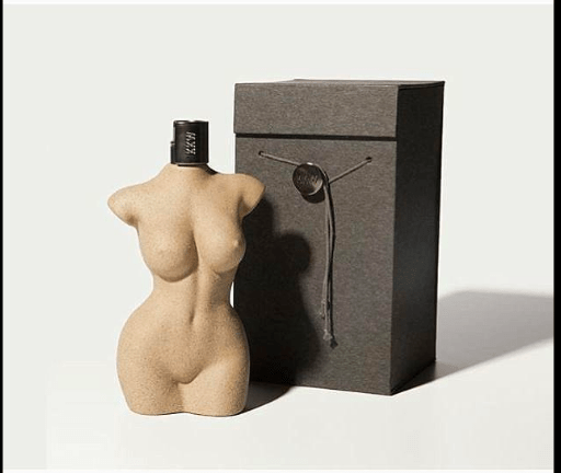 Designers: Kim Kardashian Shares More Nude Snaps As She Launches Her Perfume 4