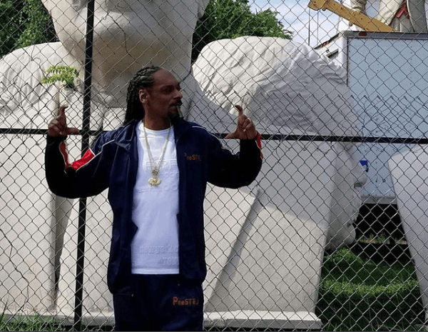 See How Snoop Dogg Shows Off Gym Result 1