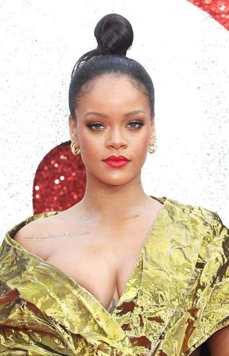 Rihanna Suffers Nip Slip As She Glows In Gold For Ocean's 8 Premiere In London 3