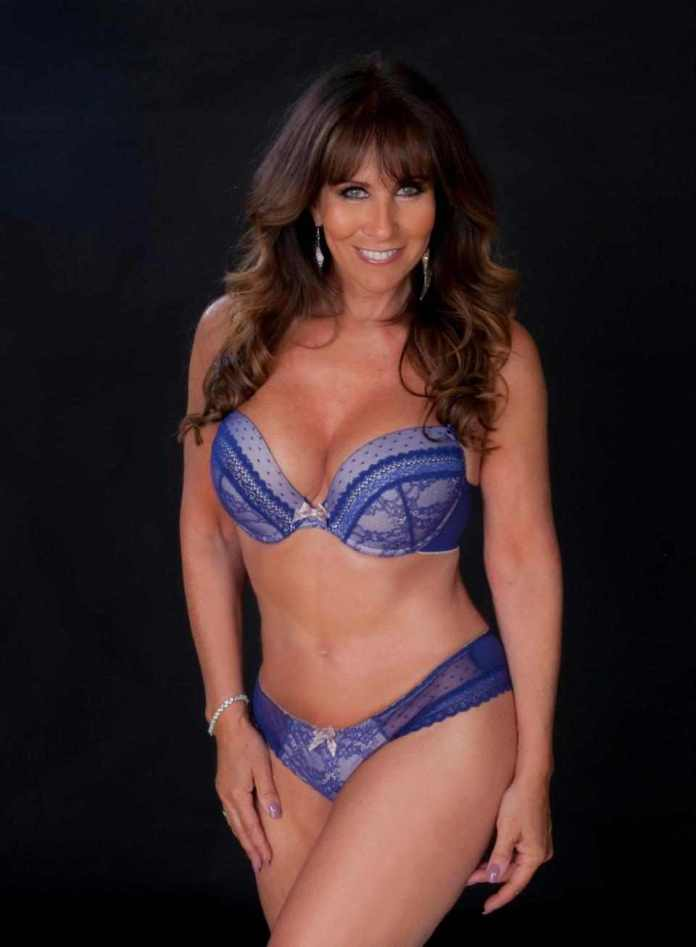 Sexy At 60! Former Glamour Model Linda Lusardi Strips Off To Mark Her 60th Birthday 3
