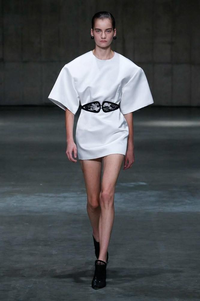 LFW: Christopher Kane Ready To Wear Spring 2019 Collection 16