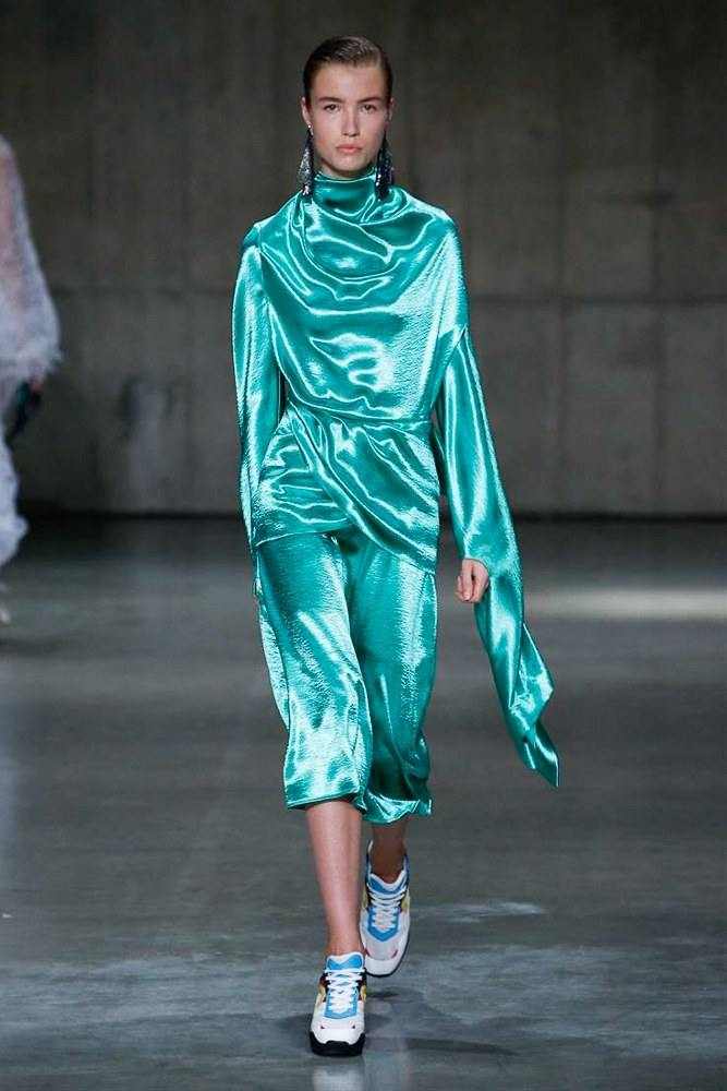 LFW: Christopher Kane Ready To Wear Spring 2019 Collection 30