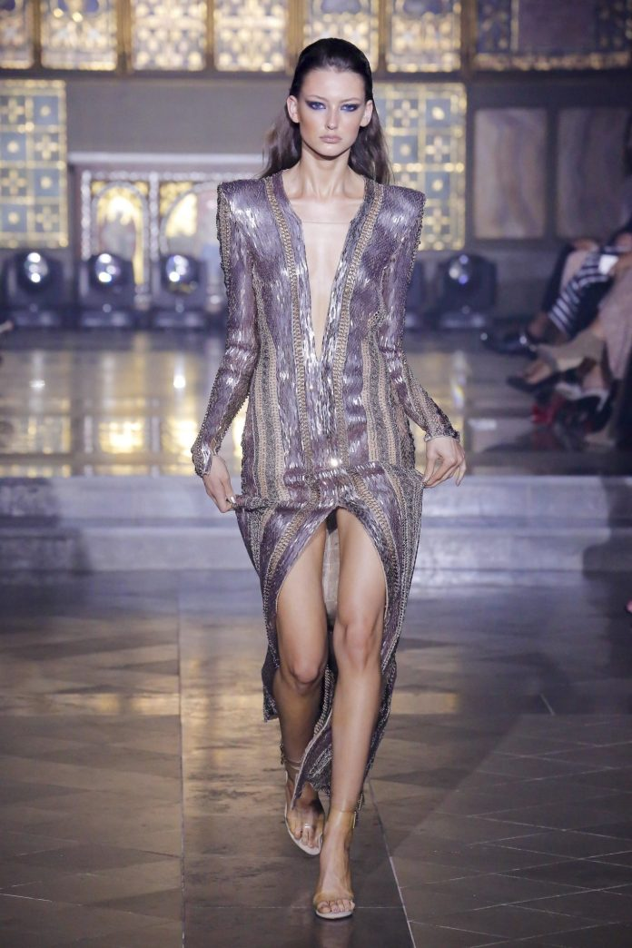 Julien Macdonald Spring 2019 Collection At London Fashion Week 20