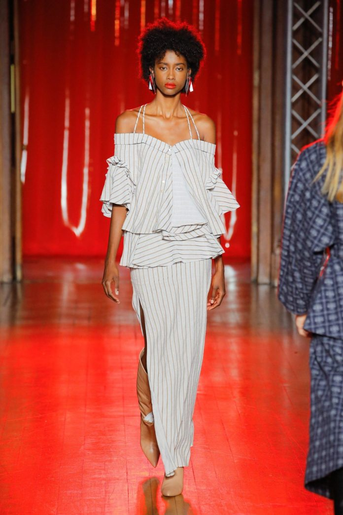 Palmer Harding Spring Summer 2019 Collection At The LFW 29