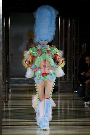 Fascinating! Pam Hogg Spring Summer 2019 Collection At LFW 23
