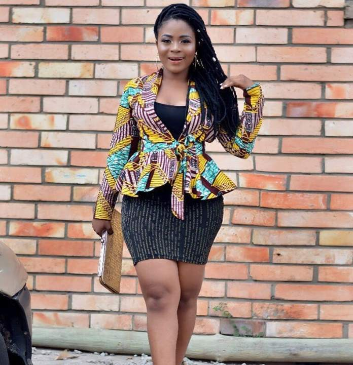 Ankara Styles: Fantastic Tops And Jackets To Achieve A Chic Look 5