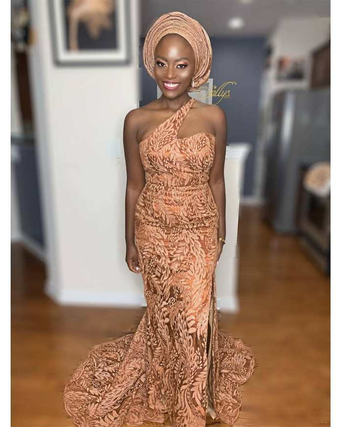 Aso Ebi Style: 7 Bubbly Styles You Would Love To Try Out 7