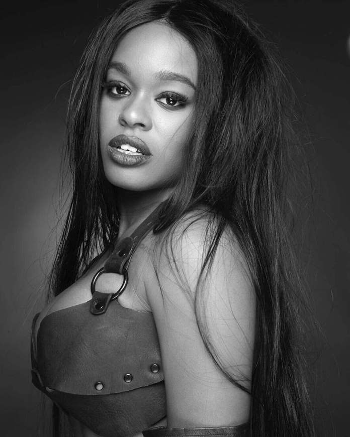 Azealia Banks Flaunts Her Body And Bum In Sheer Raunchy Outfit 4