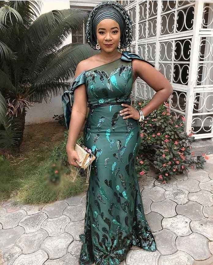 Aso Ebi Style: How To Rock Your Green Asoebi Styles With Utmost Envy 5