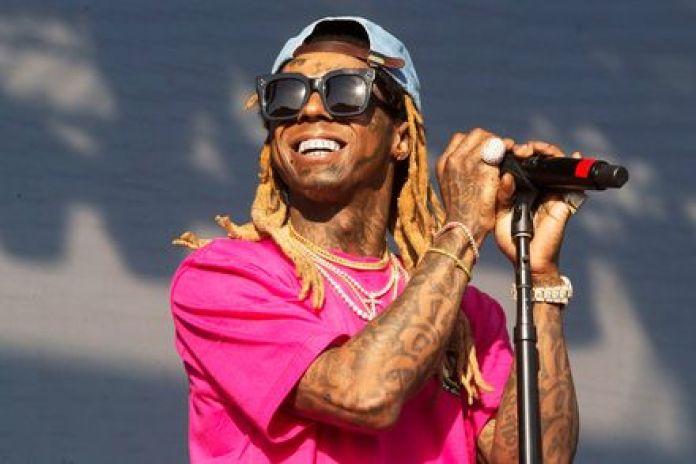 Rapper Lil Wayne Faces Gun Charge In Florida