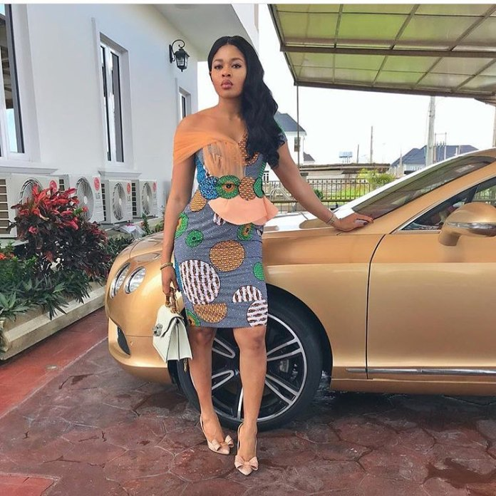 Ankara Styles: Modern Styles To Start Your Week With 3