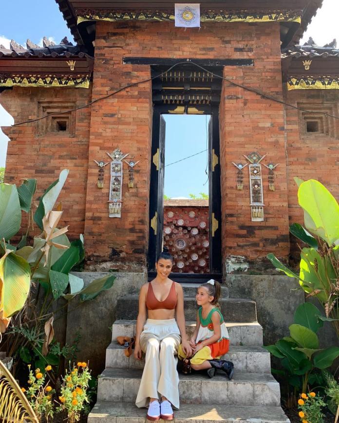 Get In! Scott Disick Vacationing With Kourtney Kardashian In Bali 2