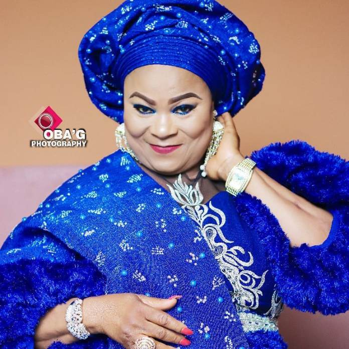 Aso Ebi Style: Sola Sobowale Looks Like A Royalty In This Stunning Blue Piece 2
