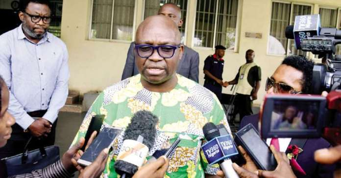 Breaking News: Ayo Fayose Willingly Surrenders To EFCC 3