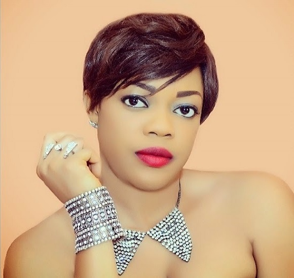 Beautiful Eve Esin Celebrates Her 32nd Birthday Today 1