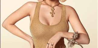 cbddc6b91210f King Kylie! Kylie Jenner Flaunts Curves in Gold Min Dress